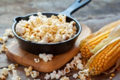 harvesting-popcorn