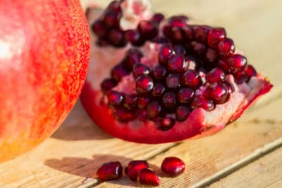 how-to-store-pomegranate-seeds